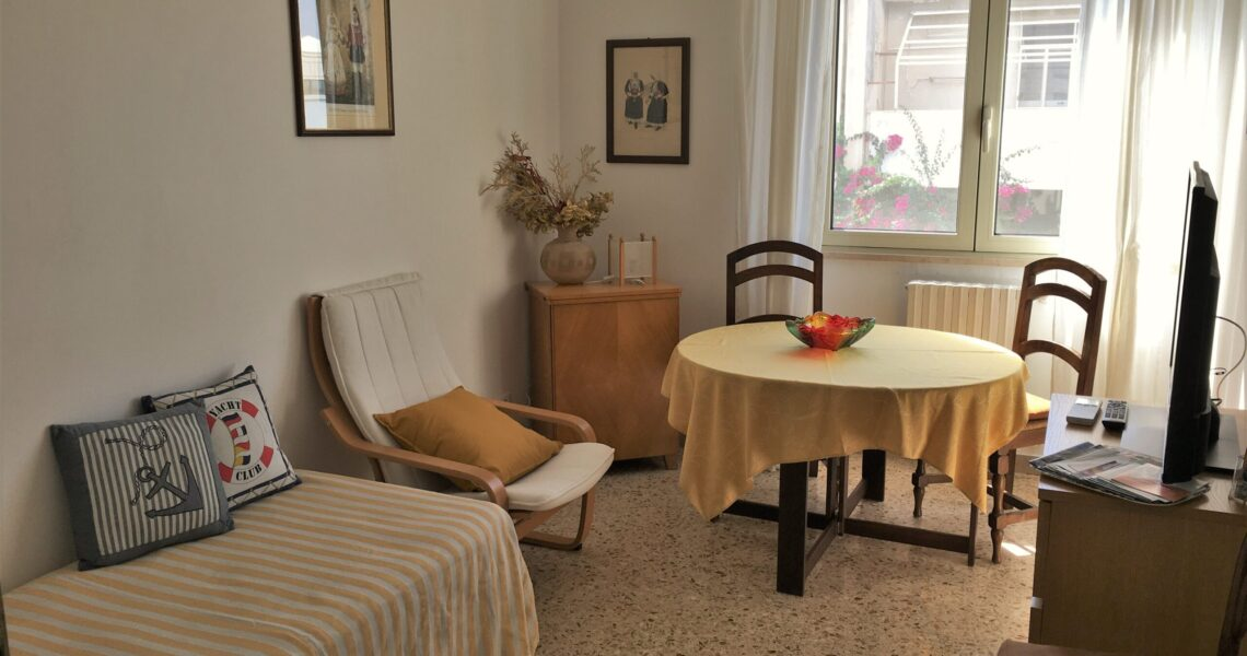 Salottino della suite Maistali - Appartamenti Poetto Cagliari Sardegna | Bonu Bentu Suites
